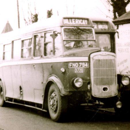 A Bristol bound for Billericay outside Laindon Station | Ian Fuller