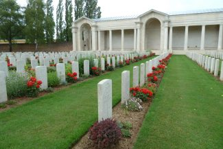 Faubourg D'Amiens Cemetery | CWGC