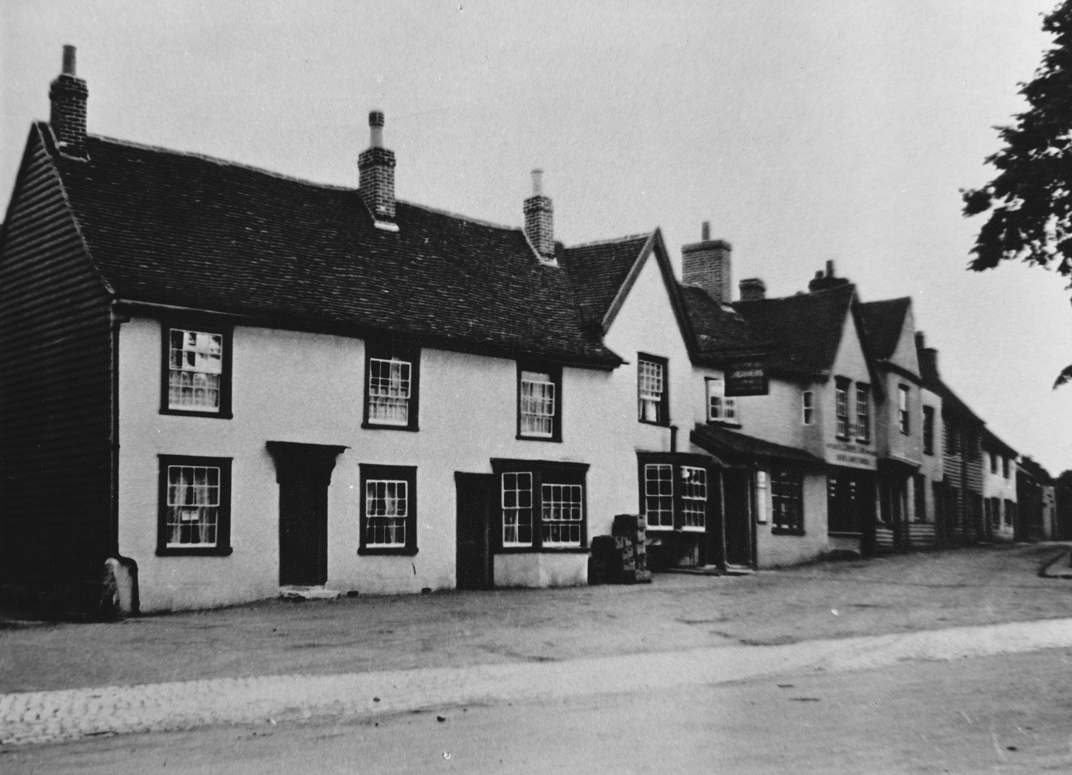 Older photo of the Chequers