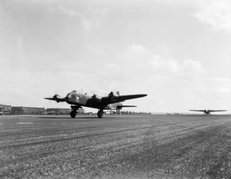 A Stirling towing a Horsa