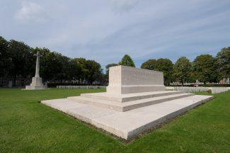 Don Communal Cmetery | CWGC