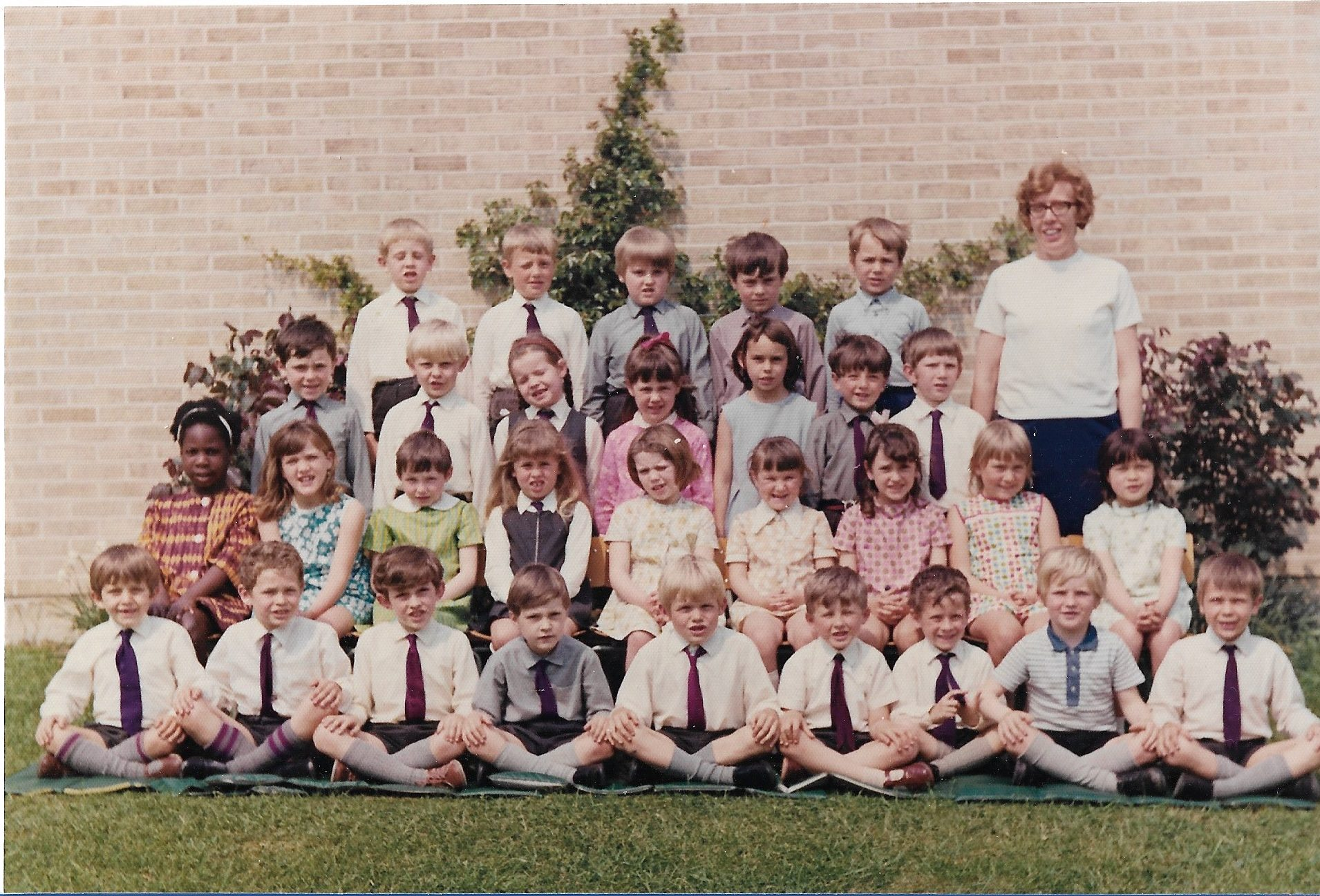 Top year infants 1969 Mrs Barton